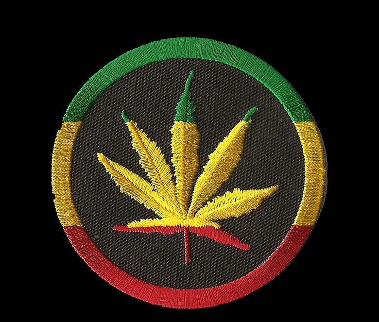 ... Accessories > Patches > Small Patches > P193 - Rasta Leaf Round ...
